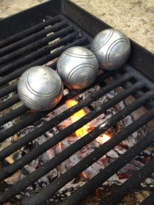 boules_on_the_grill_from_boules_de_leon